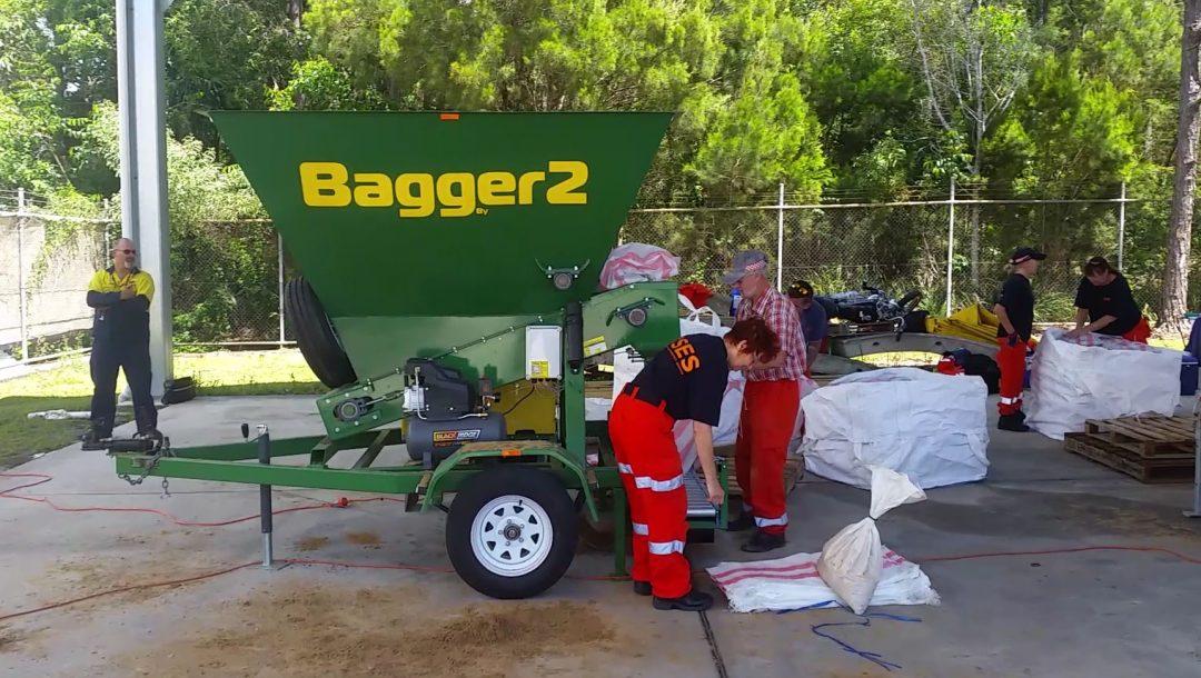 SES Bagger 2 -Sand Bagging Day