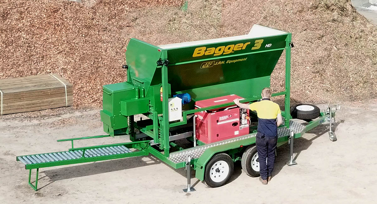 Fast Bagger, the Emergency Sand Bagger by JPH